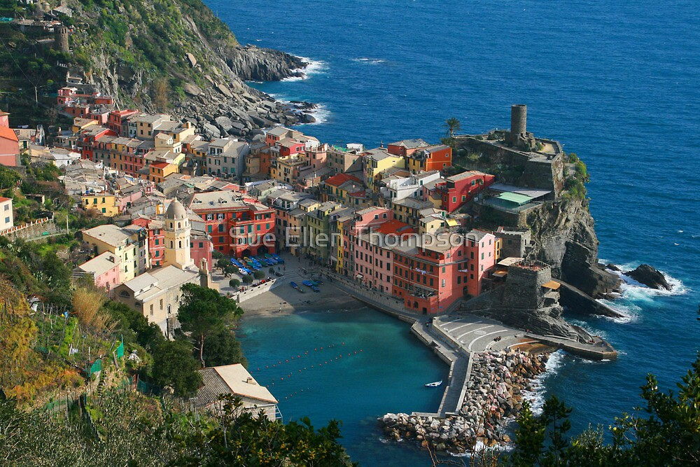 Vernazza by Sue Thompson