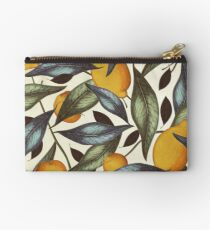 Dicky Bow - Julia Studio Pouch