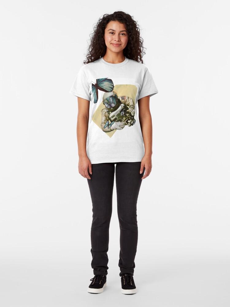 Alternative Ansicht von Schmetterlinge im Weltall Classic T-Shirt