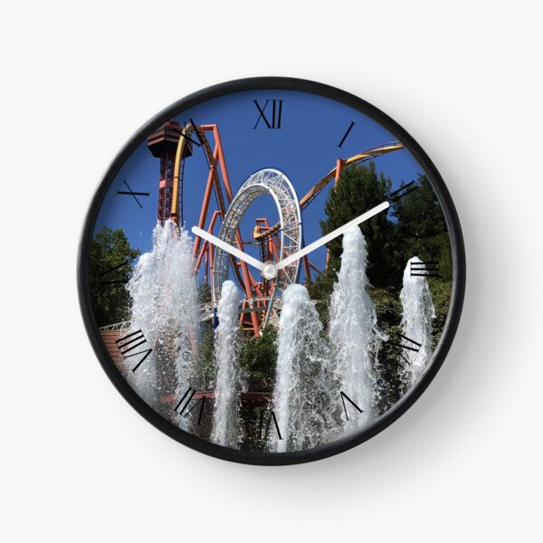 Six Flags Magic Mountain Clock