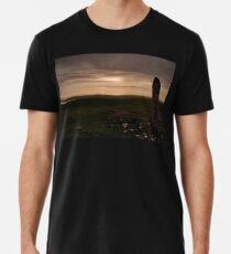 Berneray: Clach Mhor Standing Stone Men's Premium T-Shirt