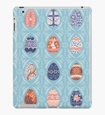 Floral Easter Eggs in Light Blue iPad Case/Skin