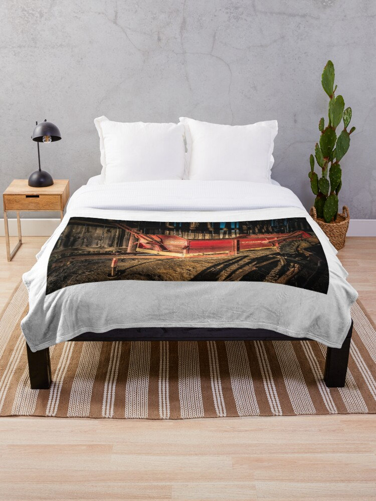 Spreading The News Country Style Throw Blanket By Butterbean57 Redbubble