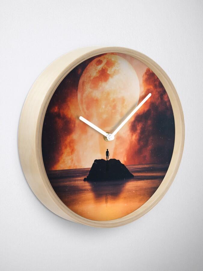 Alternate view of Solis Clock