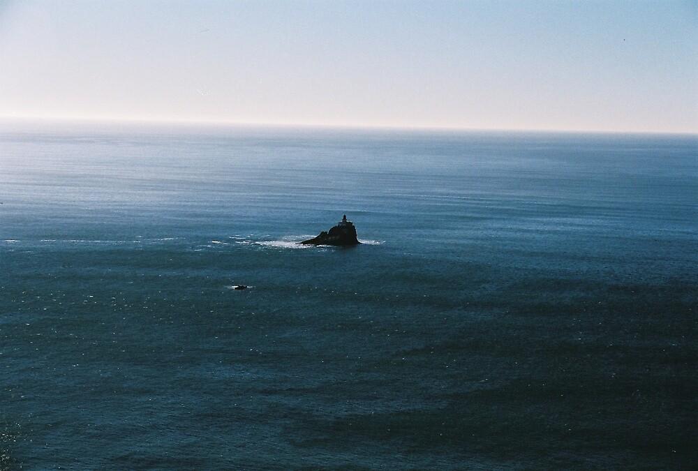 Tillamook Rock lighthouse by raindancer