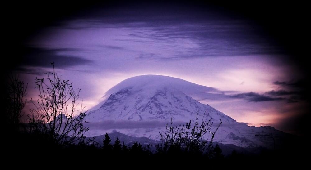 Mt Rainier in the early morning by Matthew Kochel JJ In A Jayco
