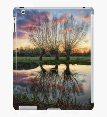 Autumn on the River Stour iPad Case/Skin