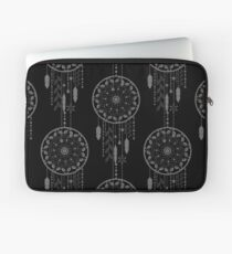 Seamless vector illustration with dream catchers Laptop Sleeve