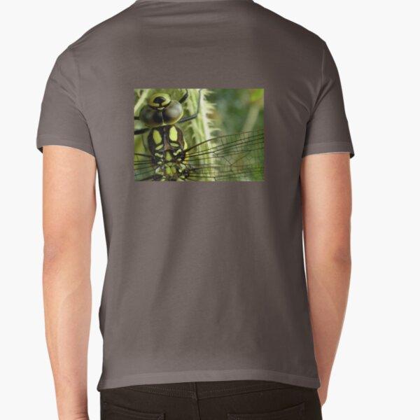 Dragonfly Form V-Neck T-Shirt