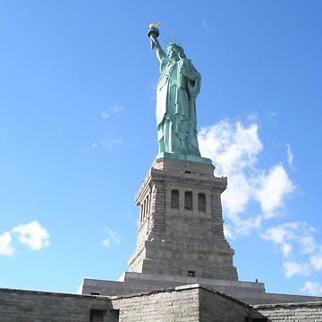 Statue of Liberty by samrobbo94