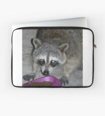 Funda para portátil Dangerous Looking Raccoon