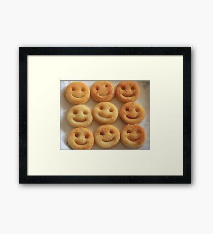 Smiley! Smiley!! Framed Print