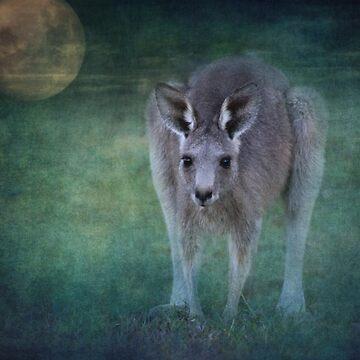 Moonlight Muncher by colinsart