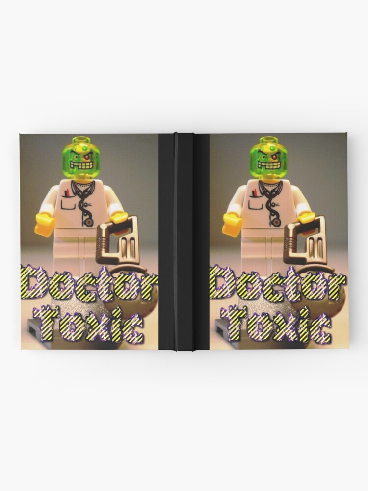 Alternative Ansicht von Doctor Toxic with Chainsaw, Custom Minifigure Notizbuch