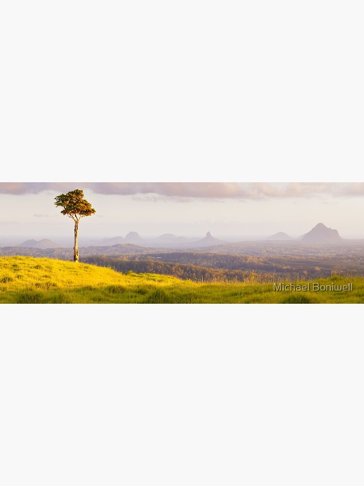 One Tree Hill, Glass House Mountains, Queensland, Australia by Chockstone