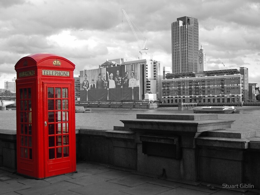 Traditional Red Telephone Box on Thames Embankment by Stuart Giblin