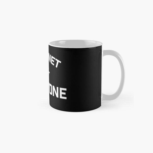 the internet vs everybody Classic Mug
