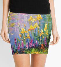 Minifalda Flores junto al estanque