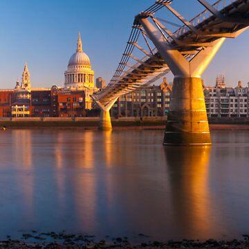 UK, London, St. Paul's Cathedral and Millennium Bridge over River Thames   Alan Copson © 2010 (20046-11) by AlanCopson