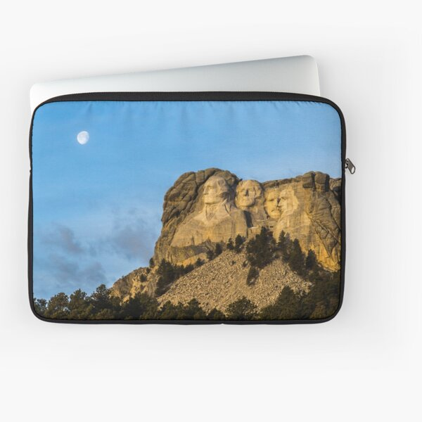 Setting Moon Over Mt Rushmore Laptop Sleeve