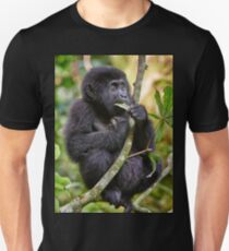 funny and cute juvenile mountain gorilla Unisex T-Shirt