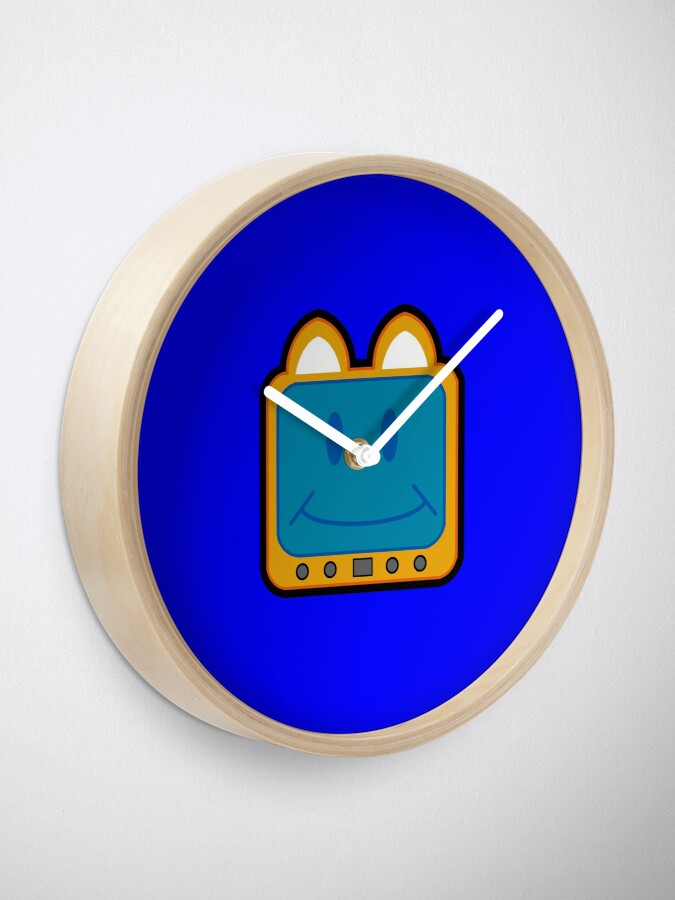 Alternate view of Television Kitty Smiling Clock