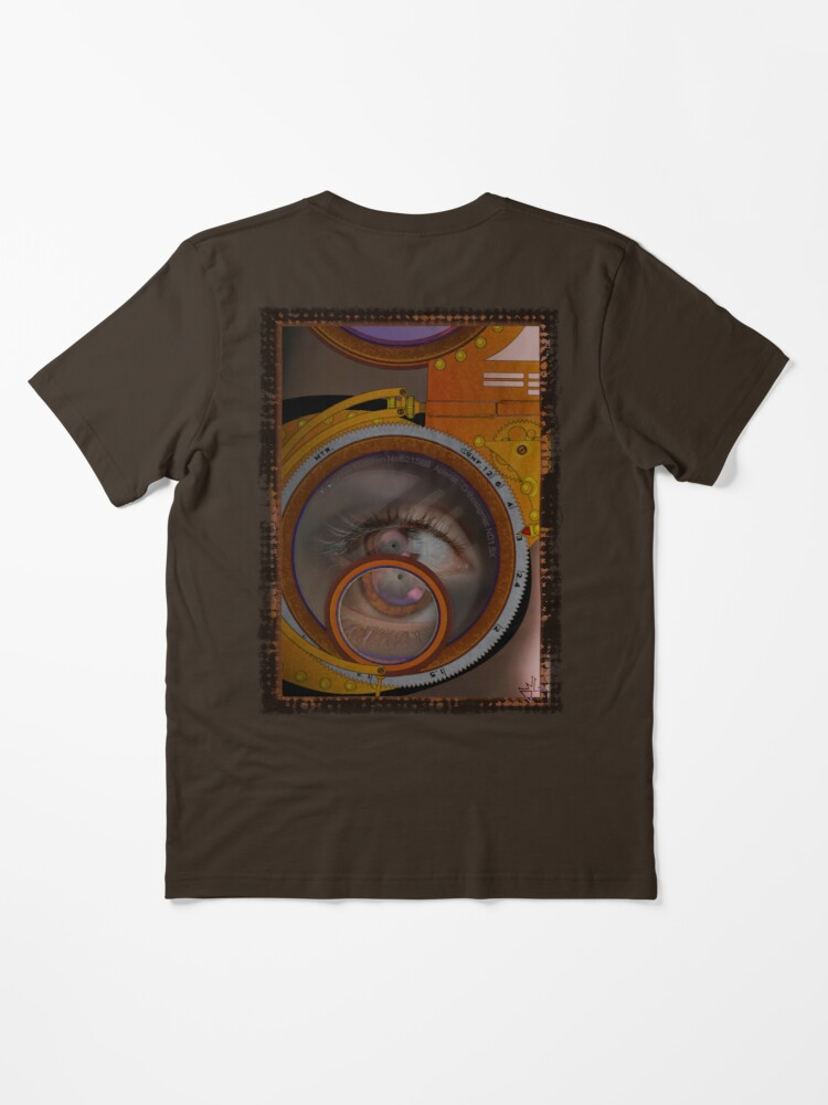 Alternate view of eye as a lens - steampunk variations Essential T-Shirt