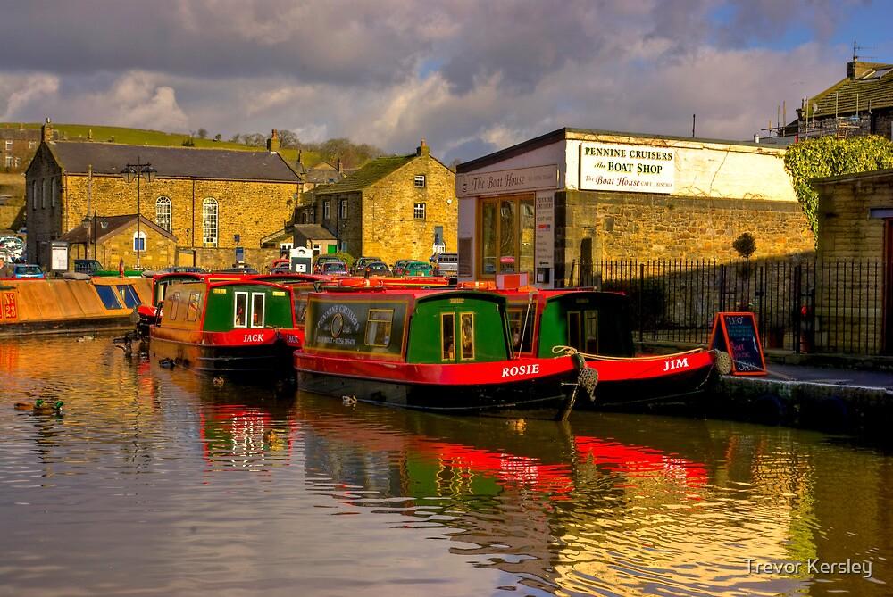 Jack,Rosie & Jim (Canal Basin) - Skipton by Trevor Kersley