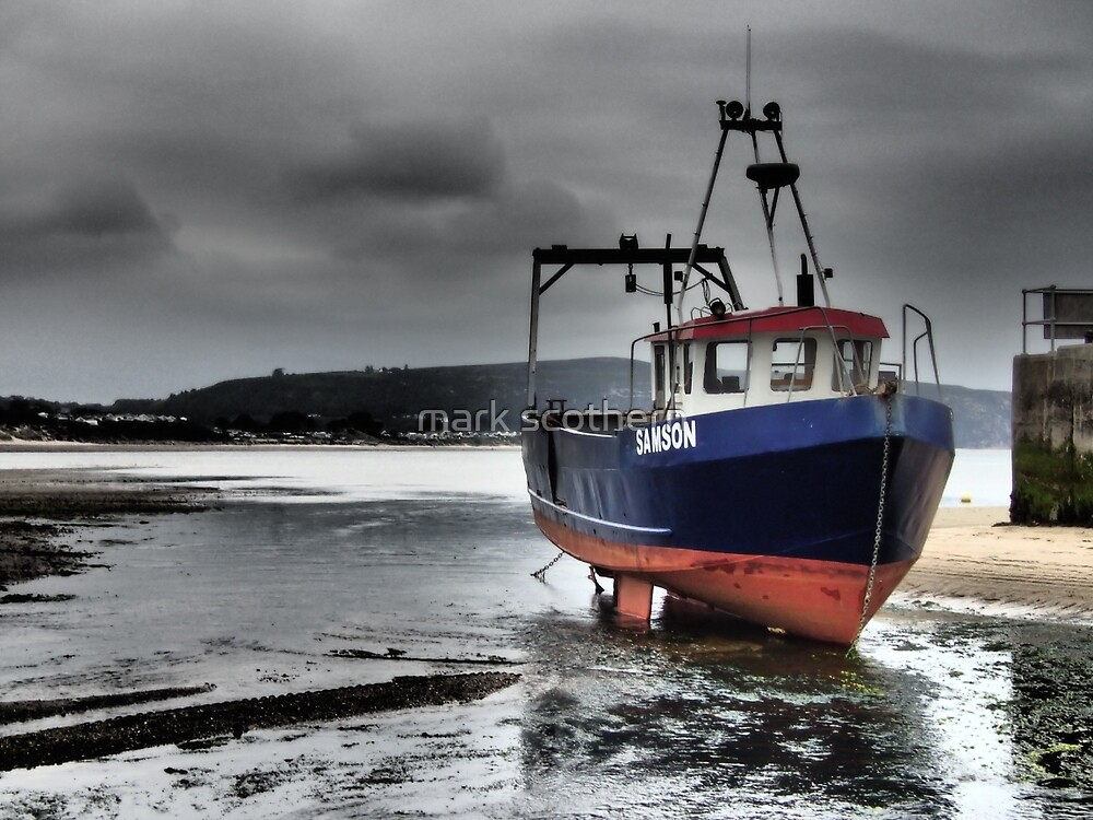 Fishing Boat in Abersoch by mark scothern