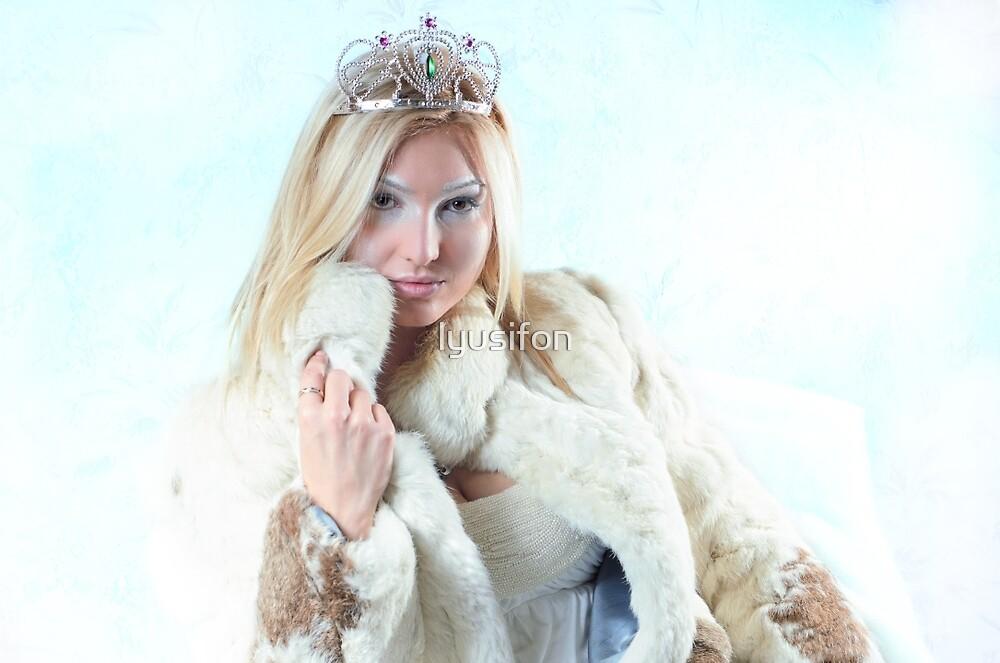 Ice Queen by lyusifon