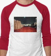 Poppies at the Tower of London - At Night with the Shard. Men's Baseball ¾ T-Shirt