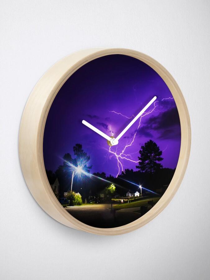 Vista alternativa de Reloj Rayo morado