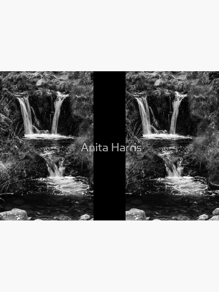 Waterfall by plasticflower
