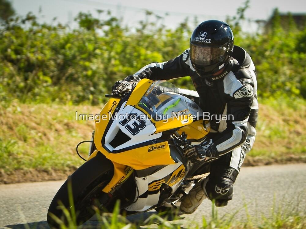 Adrian Archibald at the Skerries 100 by ImageMoto.eu by Nigel Bryan