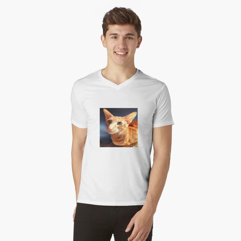 Oriental Cat V-Neck T-Shirt