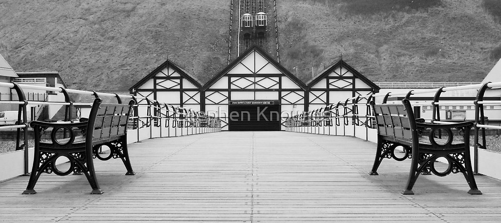 The Pier, Saltburn-by-the-sea by Stephen Knowles