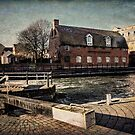 The Old Brewery Stables By The Kennet by IanWL