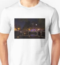 Magical, Sparkling Amsterdam Canals and Bridges at Night T-Shirt