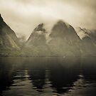 Drizzly, Gloomy & Misty by whoalse