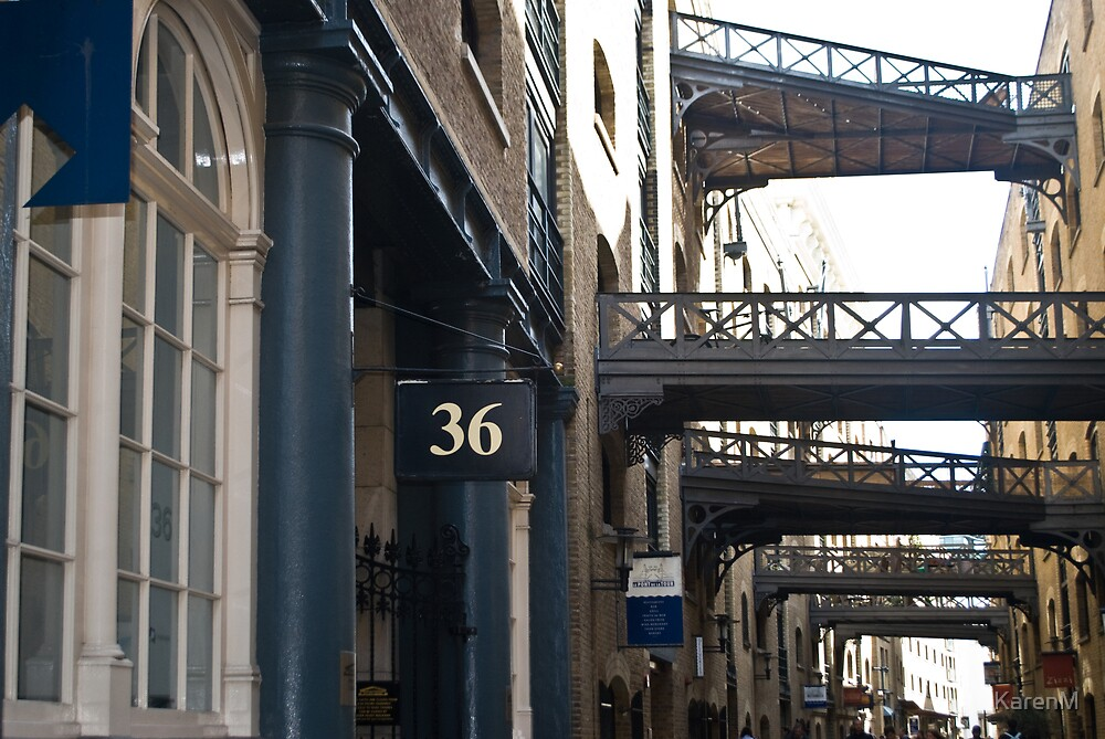 Shad Thames, London by KarenM