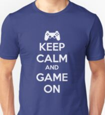 KEEP CALM AND GAME ON - PS T-Shirt