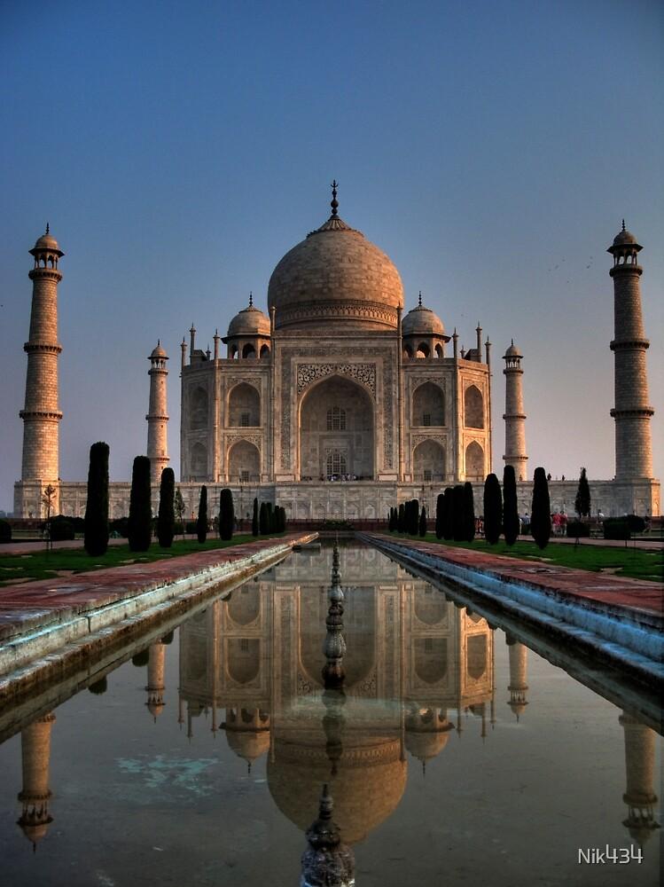 Taj Mirror Lake by Nik434