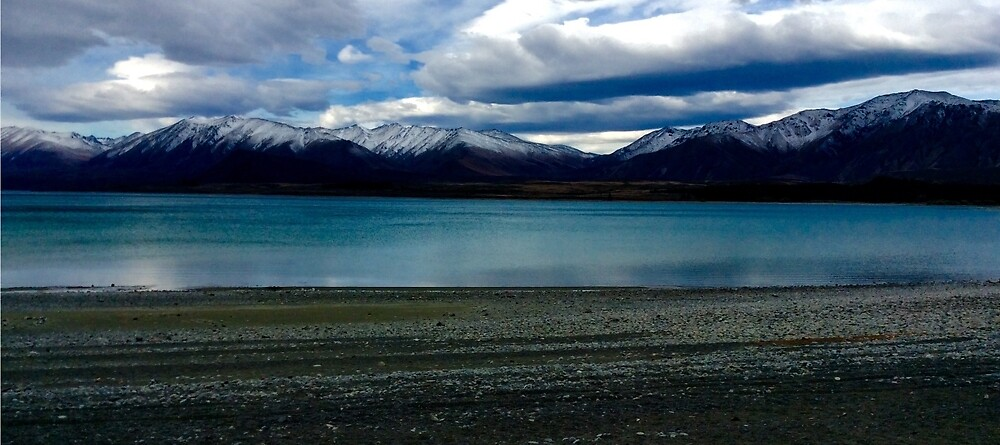 New Zealand South Island Lake with sky  by Gheorghe Reichenbach