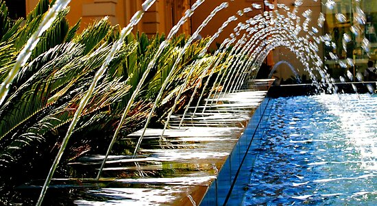 Curving Water Display by John Wallace