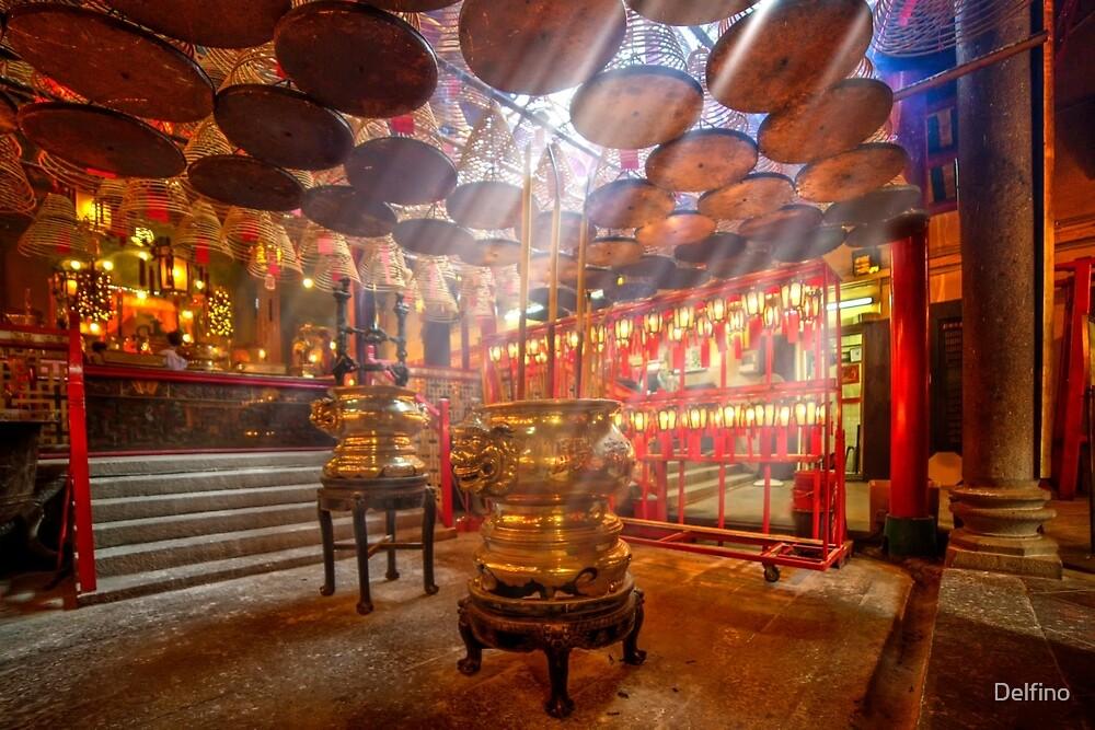Man Mo Temple by Delfino