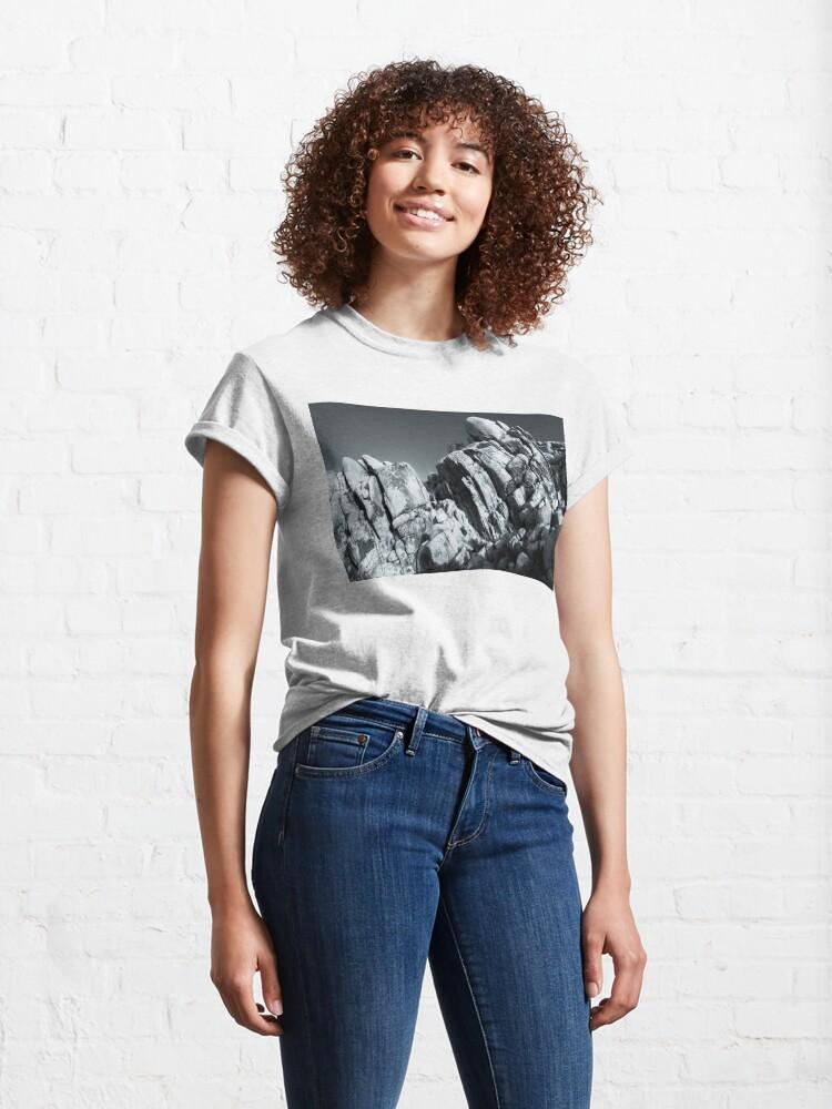 Alternate view of Big Rock Joshua Tree 5793 Classic T-Shirt
