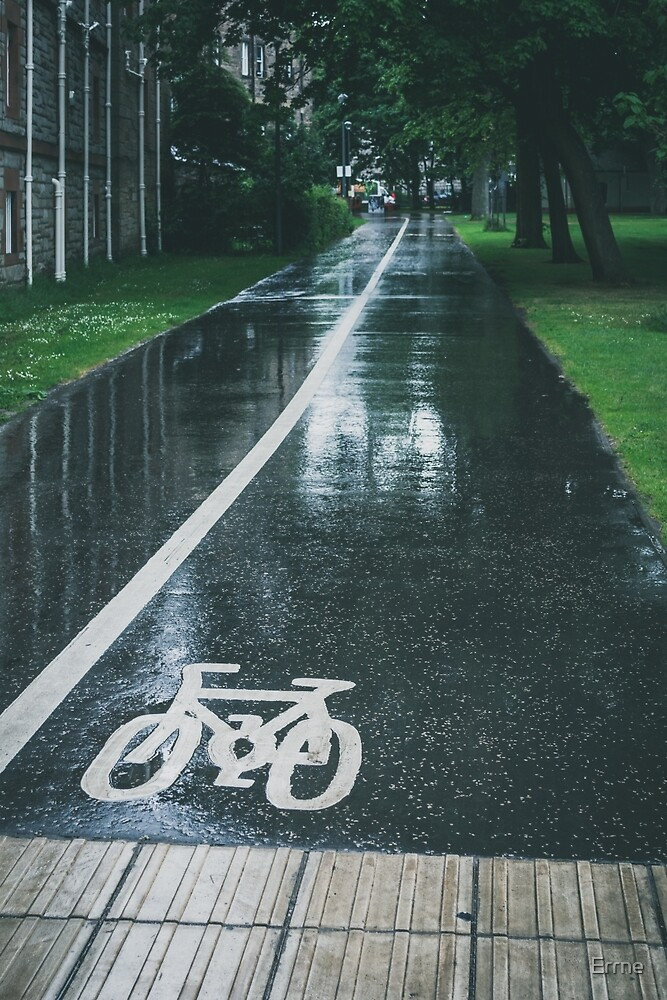 Rain on Cycle path by Errne