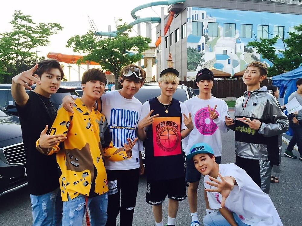 BTS by zicocopuffs