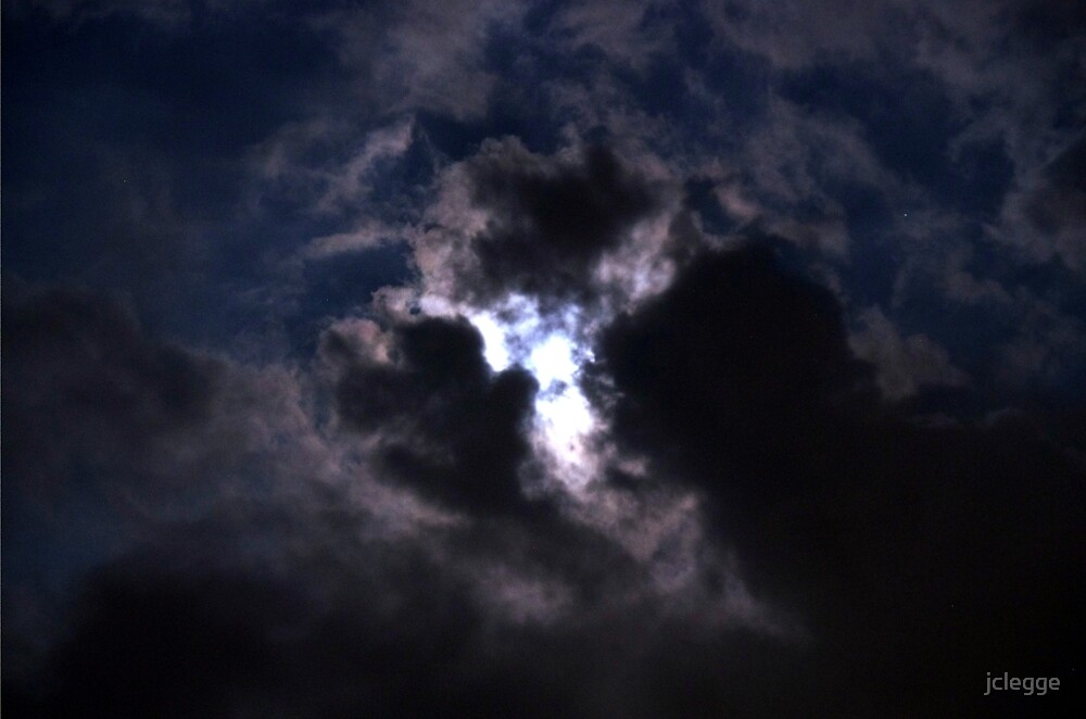 Moon Lite Clouds by jclegge