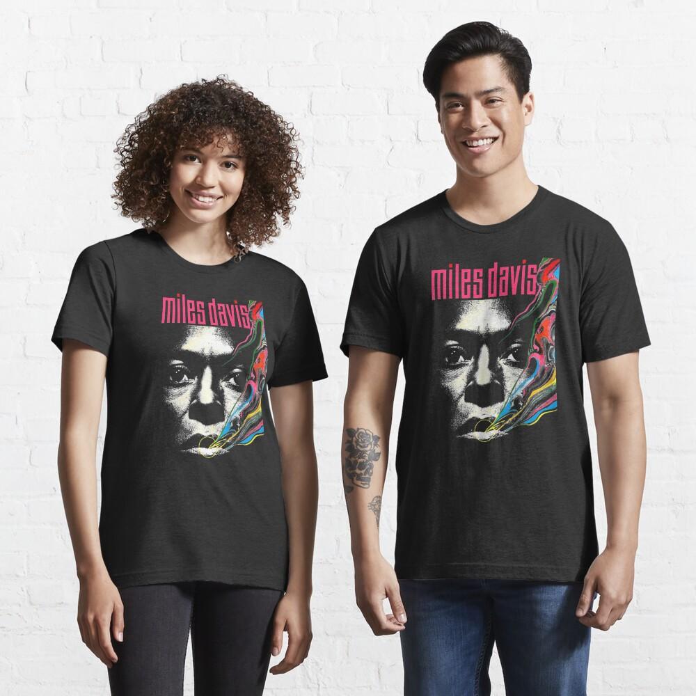 Miles Vintage Davis Concert Retro  Essential T-Shirt